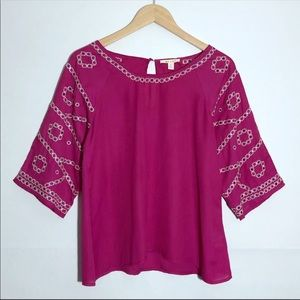 Francesca's Miami Pink 3/4 Sleeves Embroidered Top
